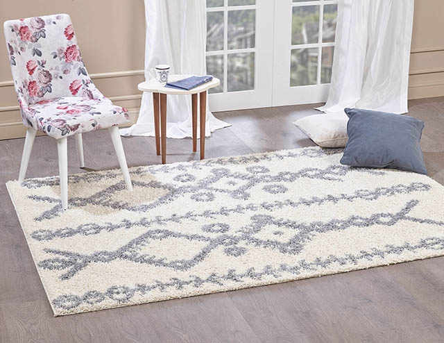 Moroccan-5532 Ivory Shaggy Rug